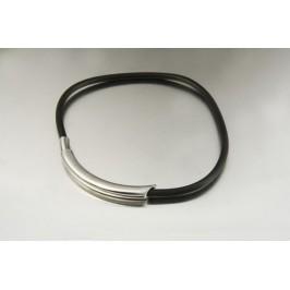 Náhrdelník z chirurgické oceli - půlkroužek